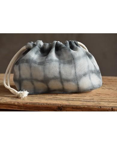 Kinchaku grey chevron
