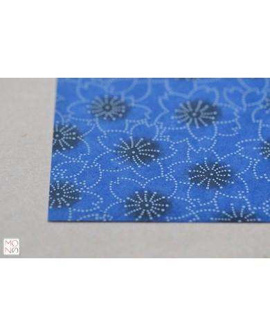 Chiyogami 021 fiori ciliegio blu