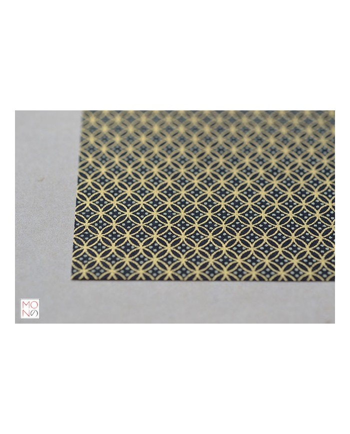 Chiyogami 054 cerchi oro su nero