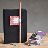 Porta penna adesivo Da scegliere con il pattern chiyogami preferito  #portapennaperagenda #chiyogami  #chiyogamipaper #japanesepaper #cartagiapponese #handmade #fattoamano #monoarte